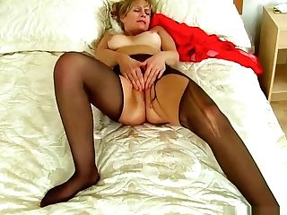 Brit Cougars Ila Jane And Lelani Can't Stand Against Their Labia