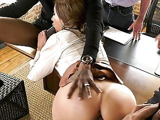 Cheating Buxomy Mummy Richelle Ryan Lets Hotwife Witness Her Fucking With Black Studs